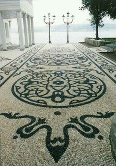 Artistic Pebble mozaik. By Mehmet ışıklı Antalya Türkiye 1999