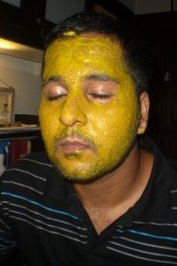 Turmeric Facial Masks besides fighting acne, it removes wrinkles and dark circles under your eyes
