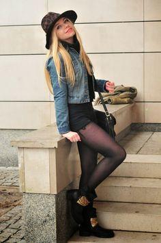 ALL ABOUT SECOND HAND: Back to black