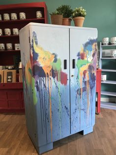 Graffiti painted tall boy with Annie Sloan chalk paint ... I am so in love with it ❤️