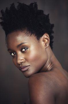 twa. natural hair. kinky hair. brown skin. beauty. afro hair.