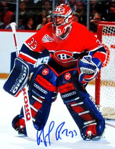 Patrick Roy Signed Canadiens Photo for sale online Goalie Gear, Goalie Mask, Hockey Goalie, Hockey Players, Ice Hockey, Montreal Canadiens, Patrick Roy, Saint Patrick, Nhl