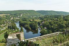 Cité médiévale de Saint Cirq Lapopie sur le Lot.
