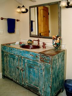 Southwestern Style Bathroom design--- Don't know if I'd be able to live with this, but I like the way it looks in this photo.