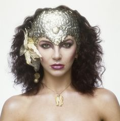 Kate Bush, British singer, songwriter, musician and record producer (for the book 'Lichfield - The Most Beautiful Women'), December Kate Bush Babooshka, Most Beautiful Women, Beautiful People, My Favorite Music, Record Producer, Halloween Face Makeup, Royalty, Photoshoot, Rpg