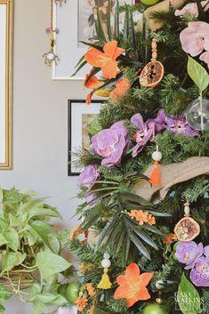 Tropical Bohemian Christmas Tree by Casa Watkins Living Tropical Christmas Decorations, Diy Christmas Ornaments, Christmas Tree Decorations, Bohemian Christmas, Summer Christmas, Christmas Ideas, Beach Holiday, Holiday Ideas, Hallmark Greeting Cards