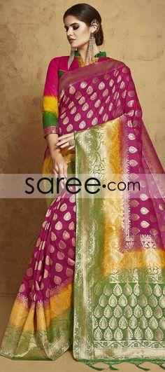 MAGENTA BANARASI SILK SAREE WITH ZARI  #Saree #GeorgetteSarees #IndianSaree #Sarees  #SilkSarees #PartywearSarees #RegularwearSarees #officeWearSarees #WeddingSarees #BuyOnline #OnlieSarees #NetSarees #ChiffonSarees #DesignerSarees #SareeFashion
