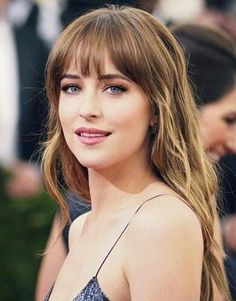 These bangs are winning more and more in on me. It's absolutely stunning. / Dakota Johnson / Anastasia Steele / actress / Fifty Shades Of Grey / #beautiful #Perfect #bangs