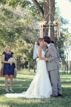 Photography: Alea Moore Photography - www.aleamoore.com  Read More: http://www.stylemepretty.com/southeast-weddings/2014/02/17/cloverleaf-farm-wedding/
