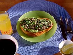 Definitely going to make this sardine avocado toast with a gluten free bread, maybe butternut squash round.