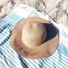 collagevintage: Beach Stuff #CollageOnTheRoad (en Es Caló )