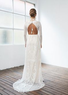Tendance Robe du mariée  2017/2018  6 Wedding Dresses That Look Even Better From the Back | Brides.com