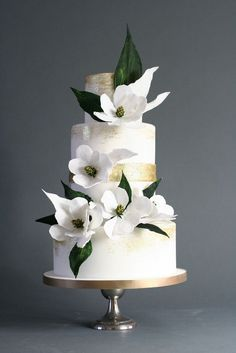 Magnolia blossom, modern wedding cakes, wedding cake, London wedding cake, … – Famous Last Words Crazy Wedding Cakes, Elegant Wedding Cakes, Beautiful Wedding Cakes, Gorgeous Cakes, Wedding Cake Designs, Pretty Cakes, Wedding Cake Toppers, Cake Wedding, Gold Wedding
