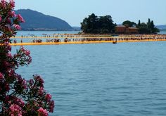 an extraordinary work of the artist Christo and Jeanne Claude, which allowed people to walk on the waters of Lake Iseo