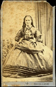 Unidentified woman and child Photographer: Thomas Tuffin, Wanganui Reference No: NZC14.1.85B Wanganui Portrait Collection, Wanganui District Library | Flickr - Photo Sharing!
