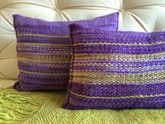 Knit Pillow, Wool Pillows, Throw Pillows, Tapestry Weaving, Loom Weaving, Hand Weaving, Weaving Designs, Weaving Projects, Sacs Tote Bags