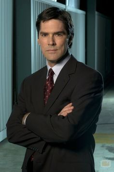 aaah... i think i have a crush on thomas gibson!
