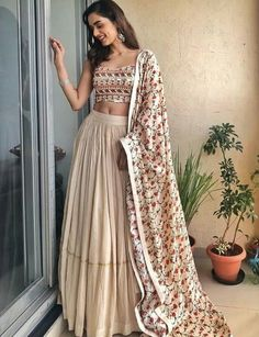 Latest Collection of Lehenga Choli Designs in the gallery. Lehenga Designs from India's Top Online Shopping Sites. Indian Lehenga, Indian Gowns, Indian Attire, Lehenga Choli, Indian Wear, Choli Designs, Lehenga Designs, Indian Bridal Outfits, Indian Designer Outfits