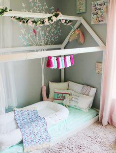 Nice 30+ Amazing Montessori Baby Bedroom https://kidmagz.com/30-amazing-montessori-baby-bedroom/