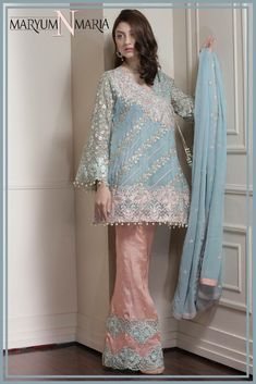 Maryum N Maira Ferozi Chiffon Dress with Threads Embroidery & Patches Work. Pakistani Fancy Dresses, Pakistani Dress Design, Pakistani Outfits, Pakistani Clothing, Indian Dresses, Stylish Dresses For Girls, Simple Dresses, Casual Dresses, Party Wear Dresses