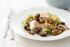 Kabeljauw met prei en paddenstoelen. Een lekker licht gerecht. Geserveerd met zelfgemaakte aardappelpuree.