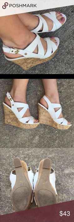 🌟END OF SUMMER SALE - lowest price -removing 9/28 REMOVING (along with all other listings with 🌟) FOR END OF SUMMER. WILL RE-ADD NEXT SPRING!! GUESS Shoes Wedges