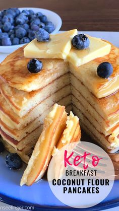These Keto Coconut Flour Pancakes are an easy low carb breakfast. Making pancakes with coconut flour and cream cheese makes the best fluffy Keto pancakes. These low carb moderate protein pancakes are even better topped with Keto Maple Syrup! Best Keto Pancakes, Best Keto Bread, Low Carb Pancakes, Fluffy Pancakes, Making Pancakes, Protein Pancakes, Pumpkin Pancakes, Low Carb Breakfast Easy, Breakfast Recipes