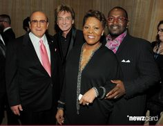 (L-R) Producer Clive Davis, Singer Barry Manilow, Singer Dionne Warwick and Randy Jackson arrive at the 2011 Pre-GRAMMY Gala and Salute To Industry Icons Honoring David Geffen at Beverly Hilton on February 12, 2011 in Beverly Hills, California.  (Photo by Larry Busacca/Getty Images For The Recording Academy)