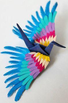 いまや世界各地で注目されるクラフトのひとつとなった「Origami」。ユニークな作風で芸術性の高い作品を折るアーティストは大勢います。そして、ここにも...