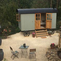 Plankbridge Shepherd's Huts Camping Pod, Camping Glamping, Caravan Paint, Norfolk House, Catering Trailer, Tiny House Exterior, Van Home, Diy Shed Plans, Shepherds Hut