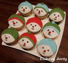 Vánoční cupcakes sněhuláci