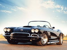 One day I want a black vintage corvette... it suits me right..!? #chevroletcorvettevintage