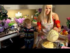 """The Bellydancer and the Kitchen"" :: Neon :: belly dance music video"
