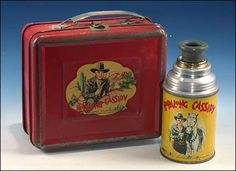 Anyone here old enough to remember the early Hopalong Cassidy tin lunch boxes? Lunch Box Thermos, Vintage Lunch Boxes, Cool Lunch Boxes, Metal Lunch Box, Vintage Tins, Vintage Stuff, School Lunch Box, School Days, Whats For Lunch