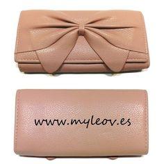 Novedad! Monedero Knot en color  rosa palo en venta en www.myleov.es #monedero #lazo #monedas #billetero #myleov #accesorios #complementos #mujer #cute