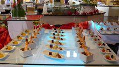 #TUI #Robinsonclub #Marioschiller #Foodporn #Smilejob #smilestory Robinson Club, Food Presentation, Finger Foods, Buffet, Food Porn, Table Decorations, Finger Food, Food Plating, Catering Display