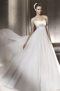 2013 Classic & Traditional Wedding Dresses Empire Waist A Line Sweetheart Chiffon