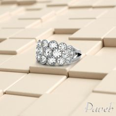 This wonderful ring will surely brighten your day