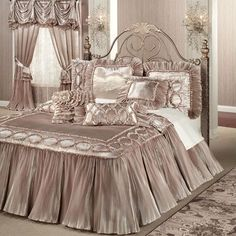 Marquis Flounce Grande Bedspread Champagne