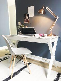 Trestle Matt White Desk