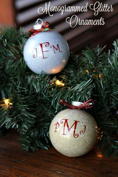 Find out how to create these adorable yet easy Monogrammed Glitter ornaments.