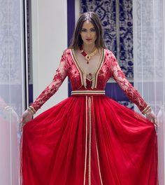 caftan 2016 2017 robes takchita haute couture caftan marocain de luxe 2016 boutique. Black Bedroom Furniture Sets. Home Design Ideas