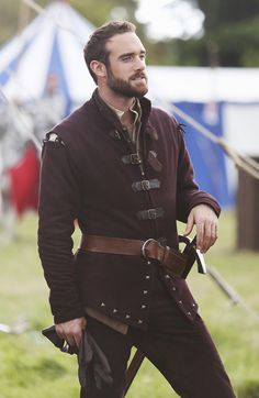 While it's a musical-comedy fairy tale (for adults), the TV series Galavant has surprisingly good medieval/renaissance historical costumes. Fantasy Inspiration, Mode Inspiration, Character Inspiration, Renaissance Clothing, Medieval Fashion, Medieval Outfits, Handsome Men Quotes, Landsknecht, Medieval Costume