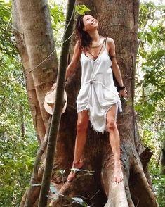 "Jana Pallaske aka Shama¥ana JEDi¥ESS on ""Practical fortitude"" and #Resiliency via @onreact Real Beauty, Happy People, Instagram, Dresses, Fashion, Artists, Vestidos, Moda, Fashion Styles"