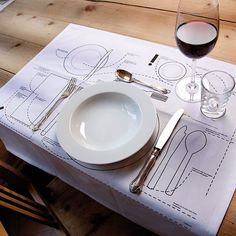 Cheat Sheet Placemat by Donkey Products: Comes in a set of two. Made of machine washable cotton. (Only available in German.) #Table_Setting_Placemat