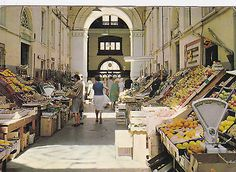 YP836  GUERNSEY - VEGETABLE MARKET