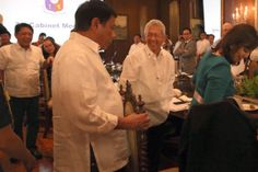 President Duterte pulls a chair for his VP, Leni Robredo. President Of The Philippines, War On Drugs, Political Science, Foreign Policy, Presidential Election, Presidents, Believe, Vice President, Gentleman