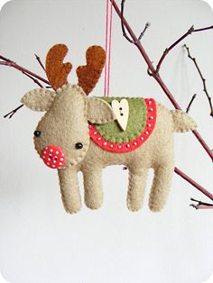 PDF pattern Rudolph the red-nosed reindeer. Felt por iManuFatti