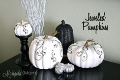 Craft Queen. http://thededicatedhouse.blogspot.com/2012/10/make-it-pretty-monday-week-20.html