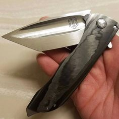 John Gray Splitter - Mint Condition, razor sharp. Comes with carrying pouch. More photos and action vids provided on request. Please DM @thanhvnguyen $1300 OBO ⠀ ⠀ #knifesale #knifeforsale #knife4sale #bladesale #knifesales #johngrayknives #johngraysplitters ⠀ ⠀  Contact @thanhvnguyen ⠀ ⠀  #tacswap ⠀  #tacswap5909e4ef4a6423001240524d